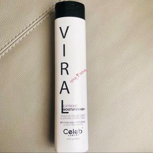 Viral Extreme MoistureWash sulfate-free Shampoo